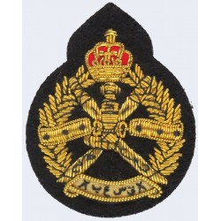 Royal Army Of Oman Beret Size  Bullion wire-embroidered Officers' cap badge