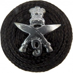 9th Gorkha Rifles - Indian Army On Black Boss  Chrome-plated Officers' metal cap badge