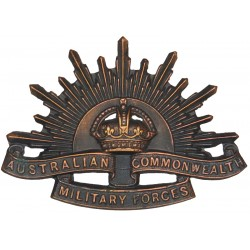 Australian Commonwealth Military Forces  with King's Crown. Copper Other Ranks' metal cap badge