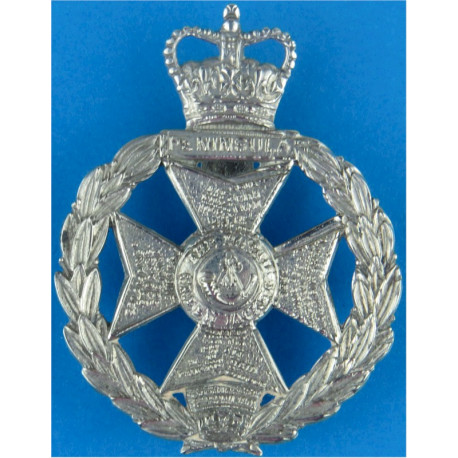 Royal Green Jackets  with Queen Elizabeth's Crown. White Metal Other Ranks' metal cap badge