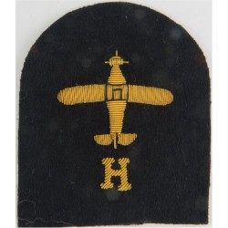 Fleet Air Arm Aircraft Handler (Plane, H) Trade - Gold On Navy  Bullion wire-embroidered Naval Branch, rank or miscellaneous ins