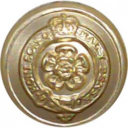 Royal Fusiliers (City Of London Regiment) 1953-1961 14.5mm - Gold Colour with Queen Elizabeth's Crown. Anodised Staybrite milita