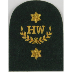 Royal Marines HW In Wreath + 2 Stars: Heavy Weapons Trade: Gold On Lovat  Bullion wire-embroidered Marines or Commando insignia
