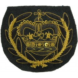 WO2 (RQMS) Rank Badge - Royal Green Jackets Black/Gold On Green with Queen Elizabeth's Crown. Bullion wire-embroidered Warrant O
