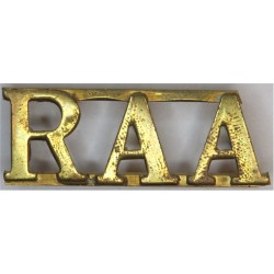 RAA (Royal Artillery Association Uniformed Staff) Top-Joined Letters  Brass Army metal shoulder title
