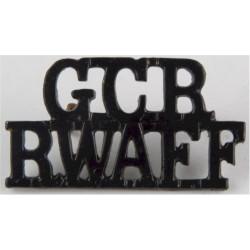 GCR / RWAFF (Gold Coast Regiment - West Africa) 1928-1957 - Black  Brass Army metal shoulder title