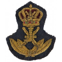 Oman - Sultan Of Oman's Air Force Officer Cap Badge 1959-1990  Bullion wire-embroidered Foreign Air Force insignia