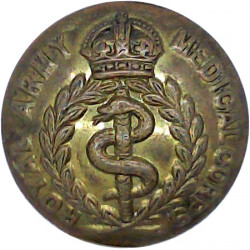 Welch Regiment 19mm - 1920-1952 with King's Crown. Gilt Military uniform button