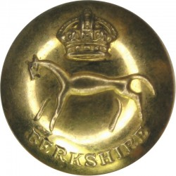 Berkshire Yeomanry Battery 299th Field Regiment RA 19mm with King's Crown. Brass Military uniform button