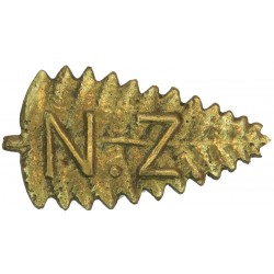 New Zealand Staff Corps (Fern Leaf - Stalk To Left) 47mm Wide - Cast  Brass Other Ranks' collar badge