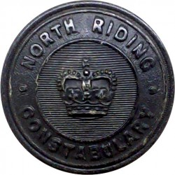 Warrington County Borough Police 17mm - 1952-1969 with Queen Elizabeth's Crown. Chrome-plated Police or Prisons uniform button