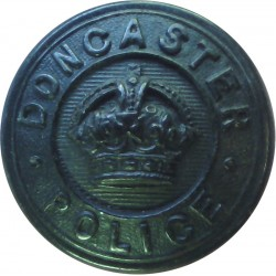 Doncaster County Borough Police 24mm - Pre-1952 with King's Crown. Horn Police or Prisons uniform button