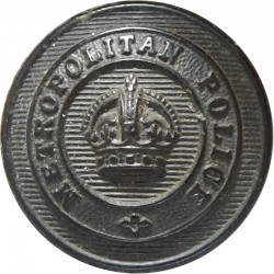 Metropolitan Police (London) - Name On Circlet 19mm - Black with King's Crown. Horn Police or Prisons uniform button