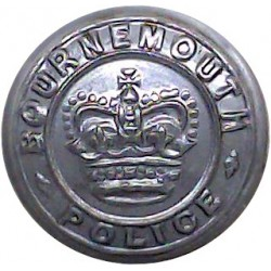 Bournemouth Police 17mm - 1952-1967 with Queen Elizabeth's Crown. Chrome-plated Police or Prisons uniform button
