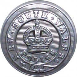Australia: New South Wales Police 20.5mm with King's Crown. Chrome-plated Police or Prisons uniform button