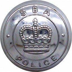 Suffolk Constabulary - Black 24.5mm - Post-1967 with Queen Elizabeth's Crown. Horn Police or Prisons uniform button