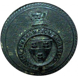 Royal Southampton Yacht Club - Roped Rim 16.5mm Queen Victoria's Crown. Gilt Yacht or Boat Club jacket button